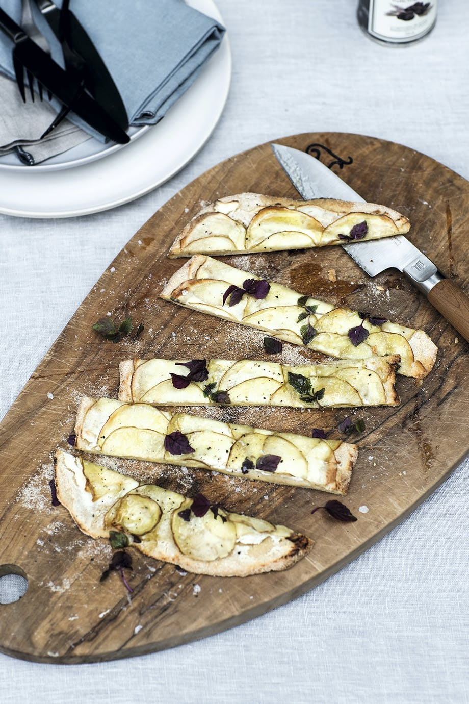 Stenovnssnack med kartofler og trøffelolie
