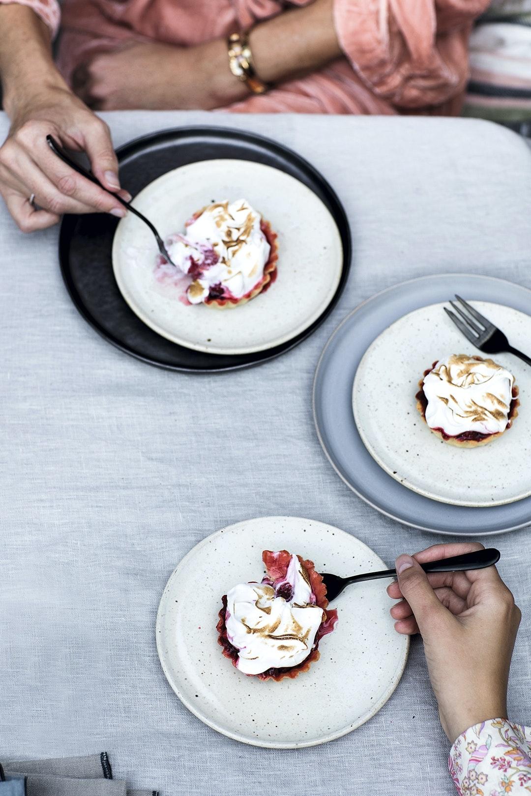 Sommertærte med bærkompot