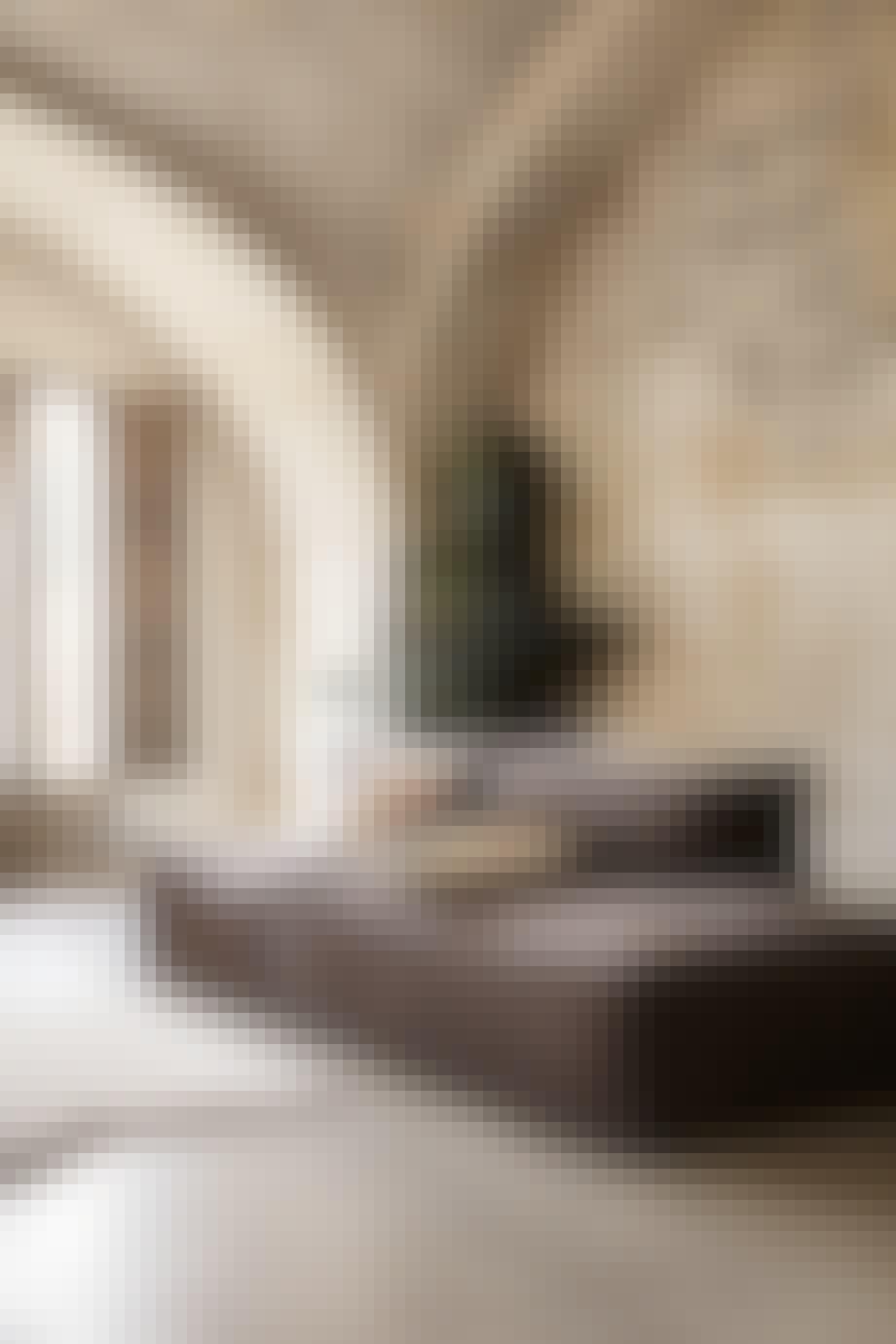 Cantena sofa i brun fra Ferm Living