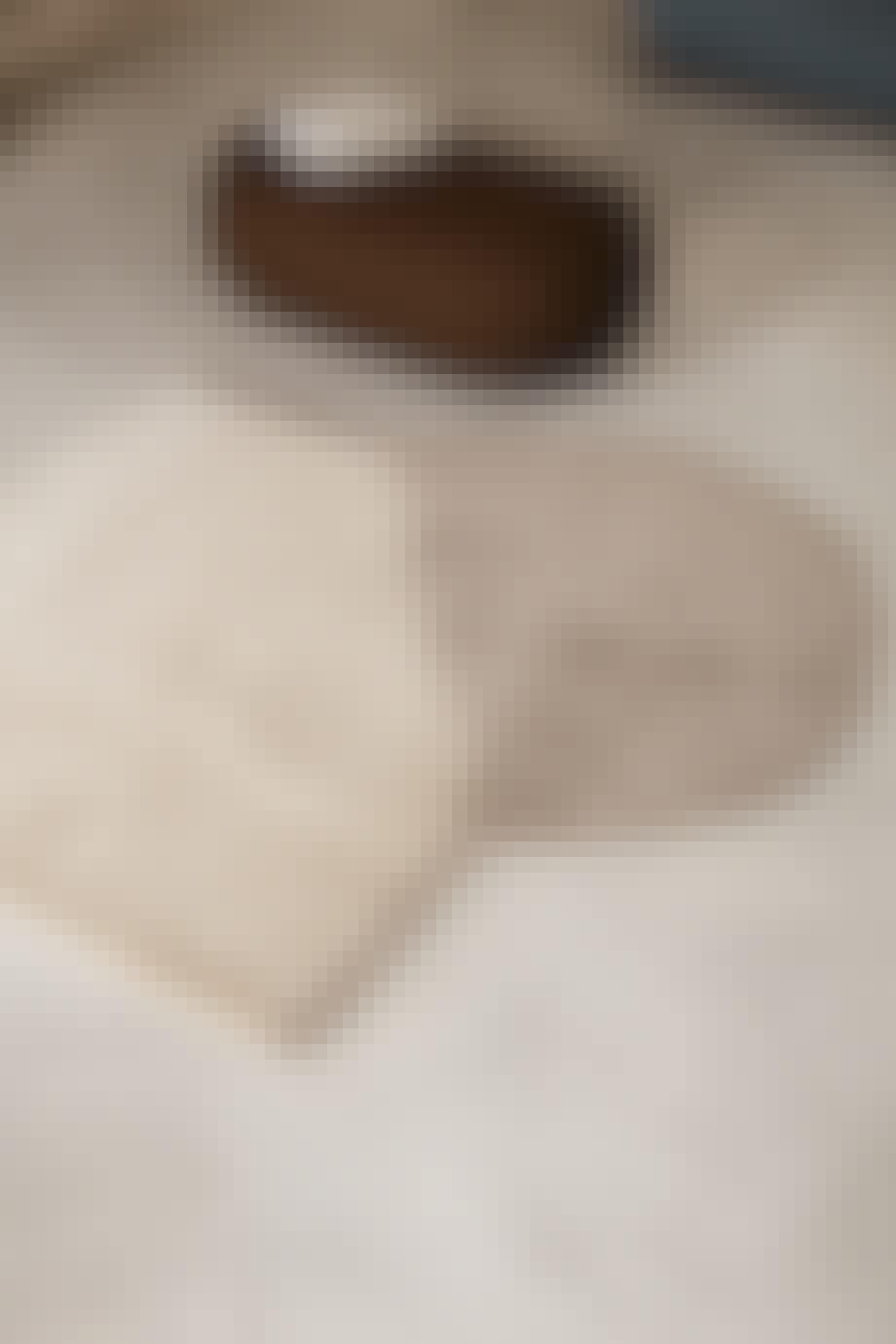 View Tufted Rug guldtæppe fra Ferm Living i creme