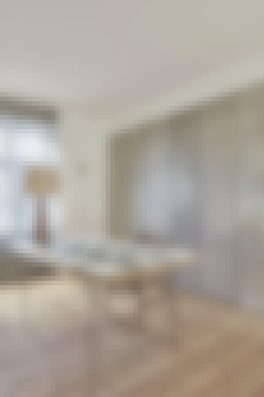 Enkelt og minimalistisk hjemmekontor