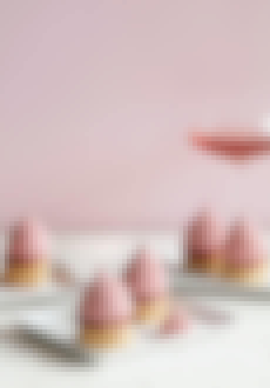 Kolde kyskager med hindbær