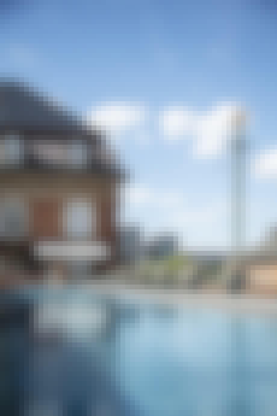 Udendørs pool med udsigt over København