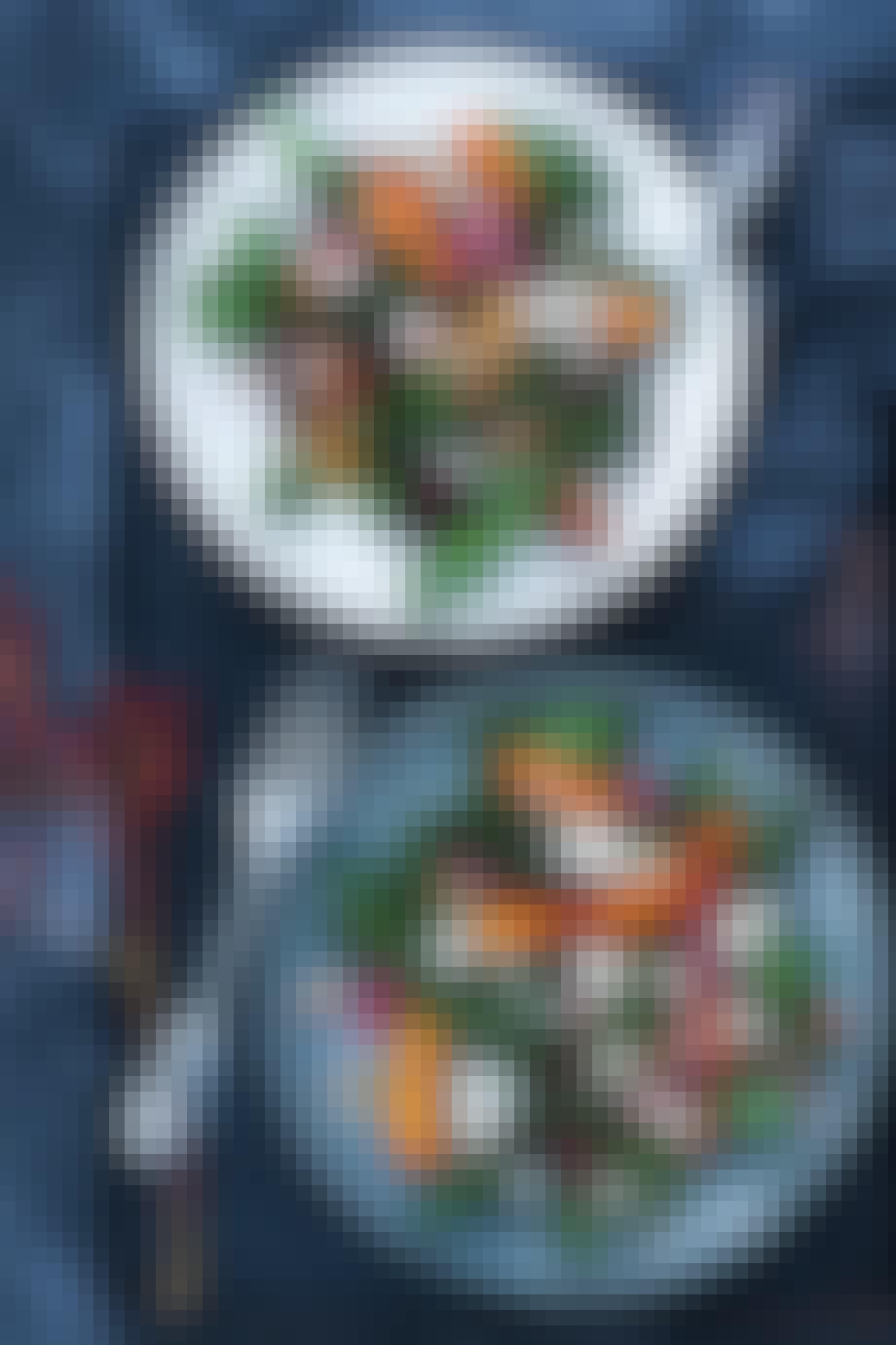 Grønkålssalat med hjemmesyltede rødløg