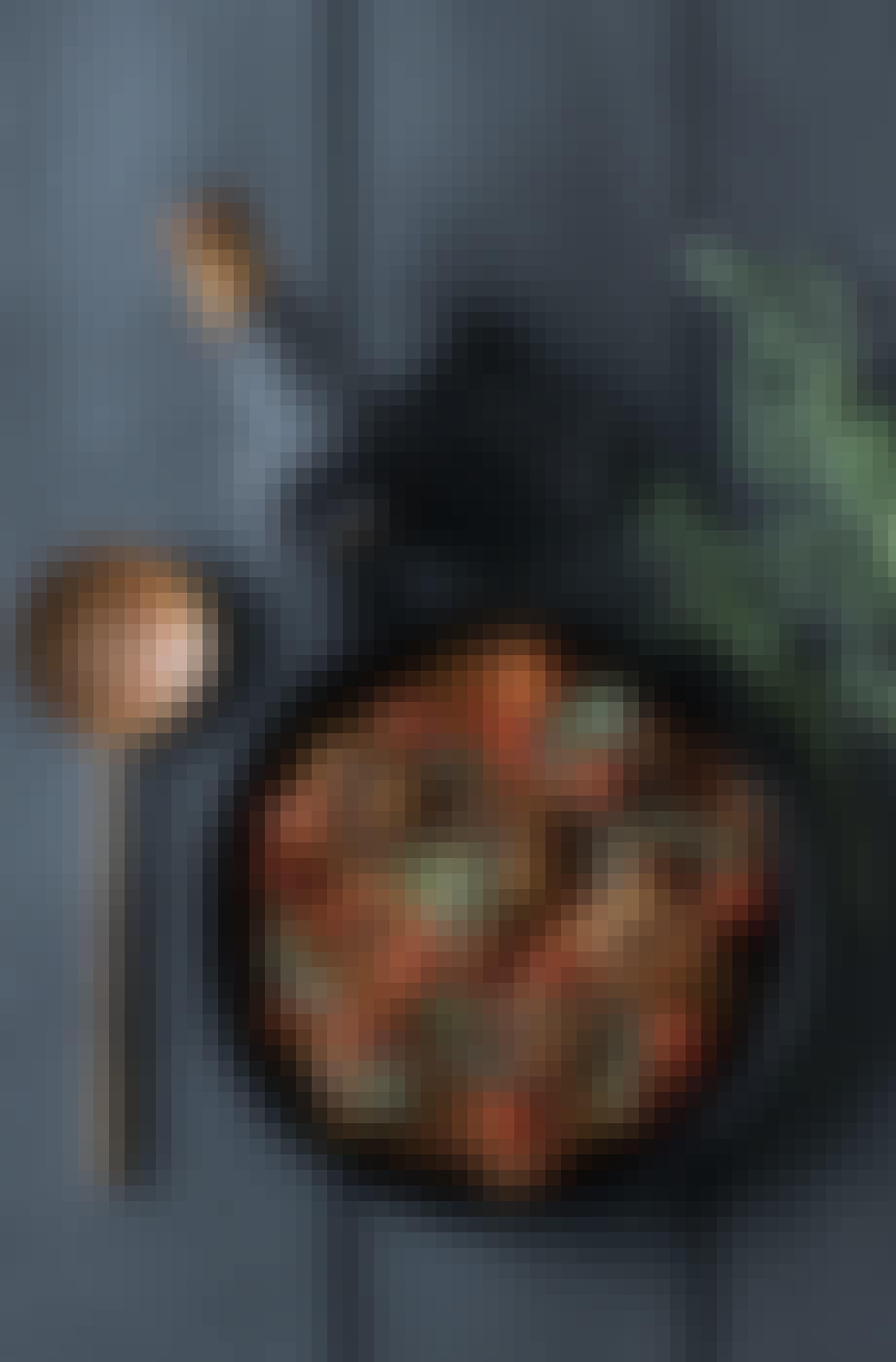 Tun frikadeller i tomat