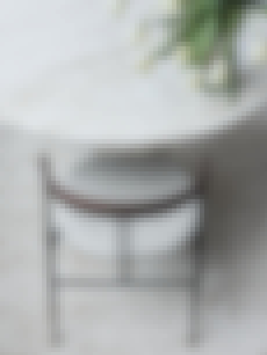 Violin Chair fra Gubi