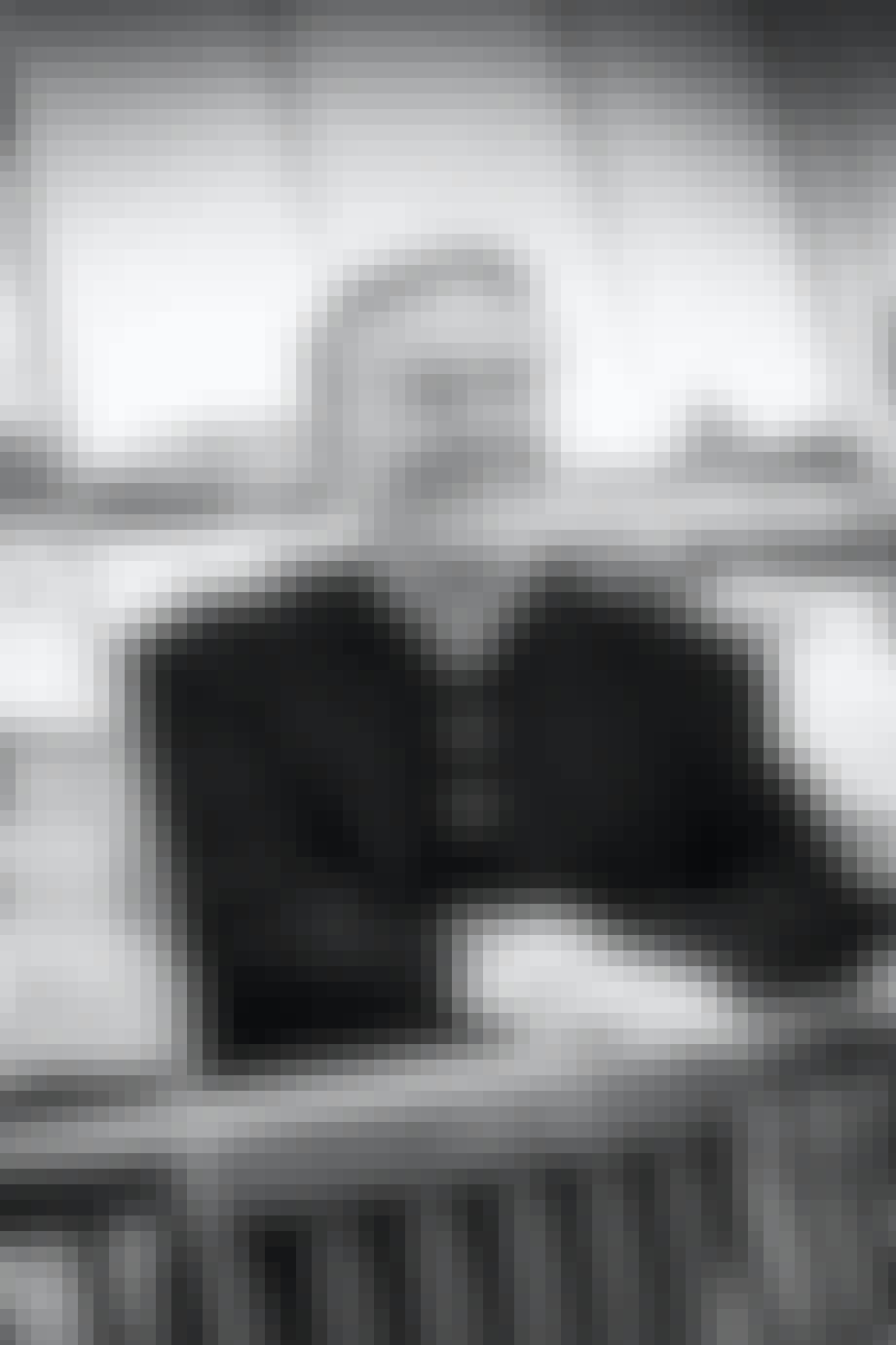 Jan Gehl på cirkelbroen ved Islands Brygge