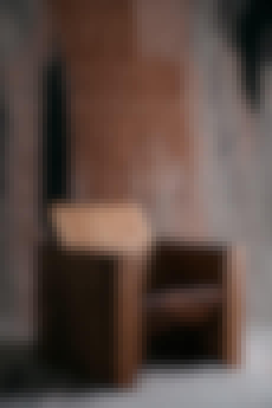 Stol fra møbel- og lampekollektionen Case Study 01.