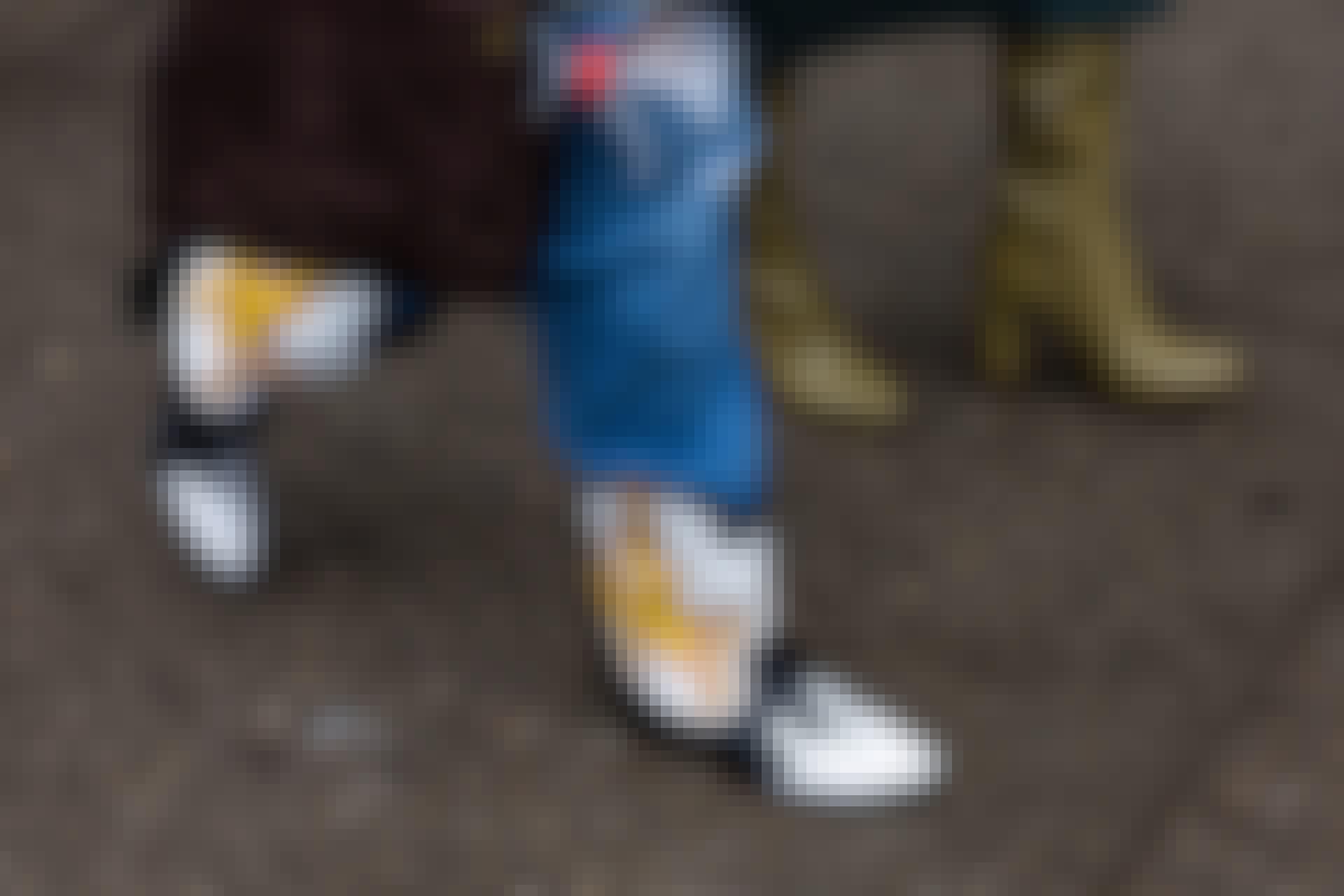 Har du sko, der knirker? Her er et simpelt trick, der let får dine knirkende sko til at stoppe med at larme.