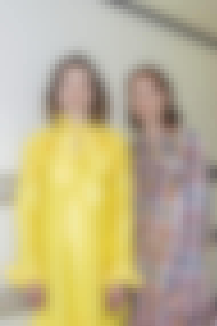 Ternet og gul kjole fra Sofie Sol Studio