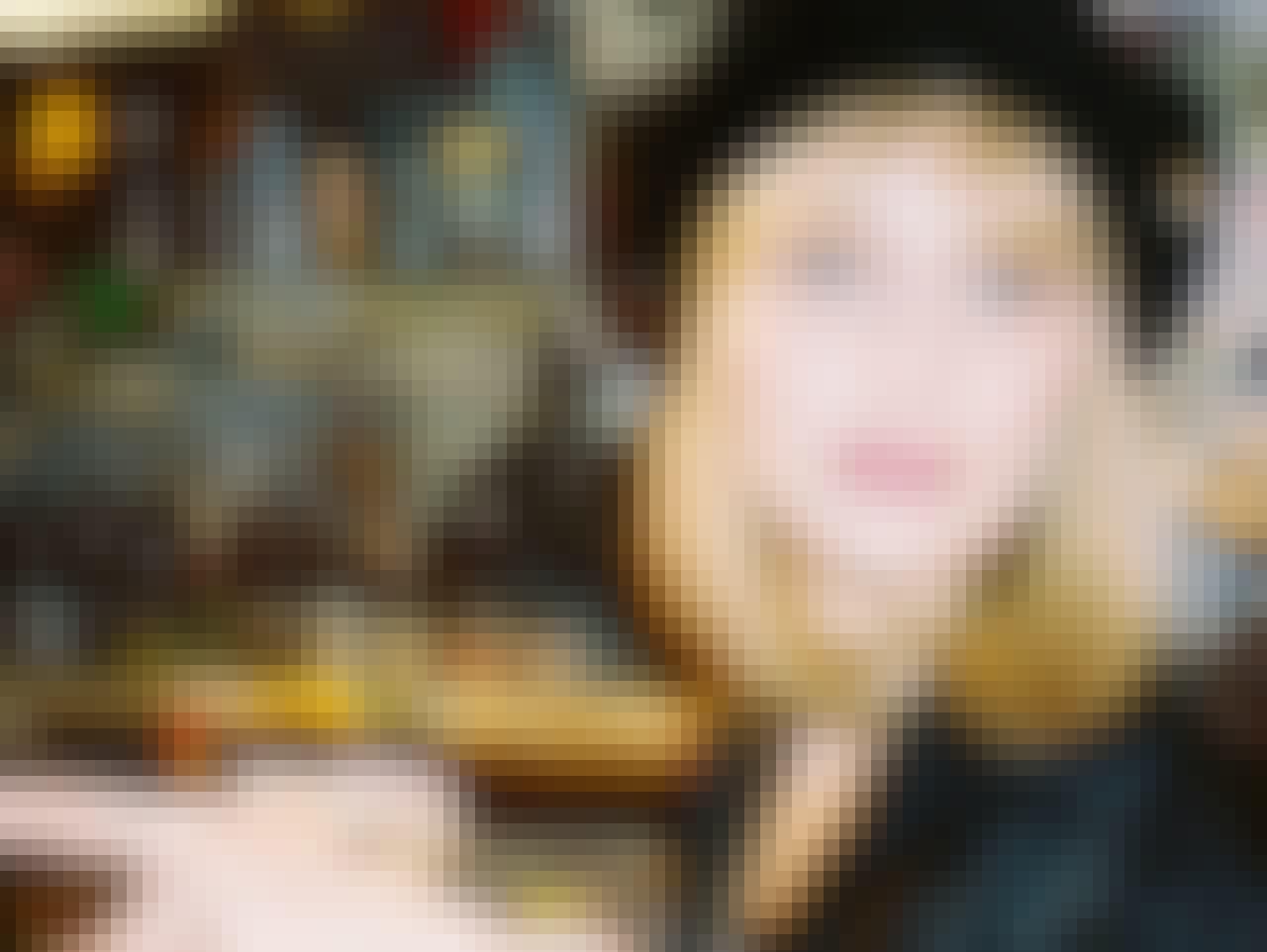 Rebecca Harajuku - Bella Hadids alterego