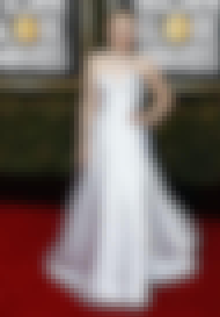 Dakota Fanning i Armani Privé