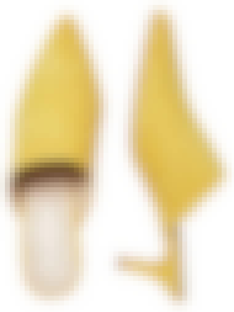 gule ruskind kitten heels