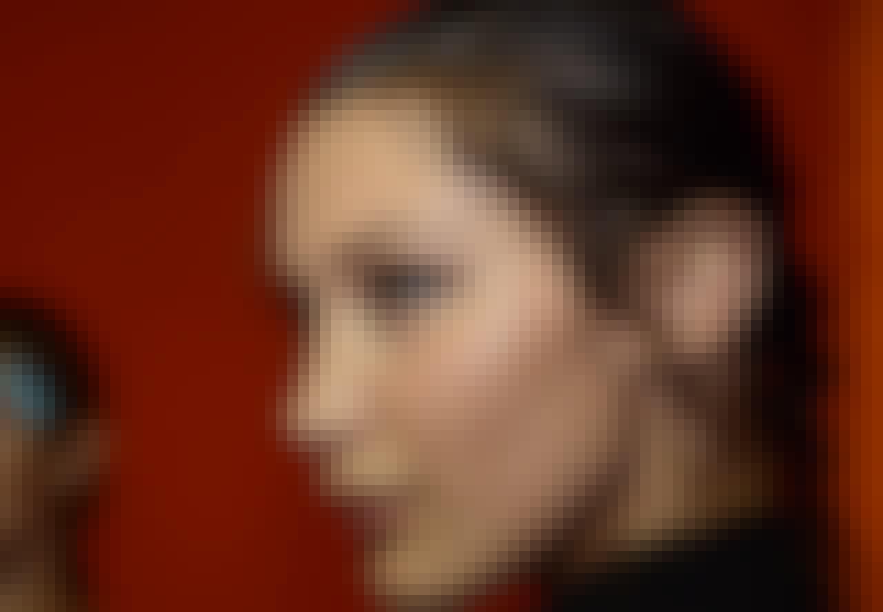 Hårtørrer - Model Bella Hadid med sundt hår