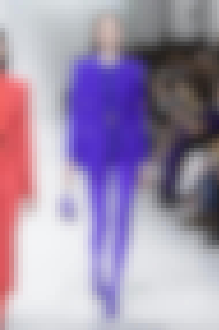 Lilla tøj årets pantone farve er lilla