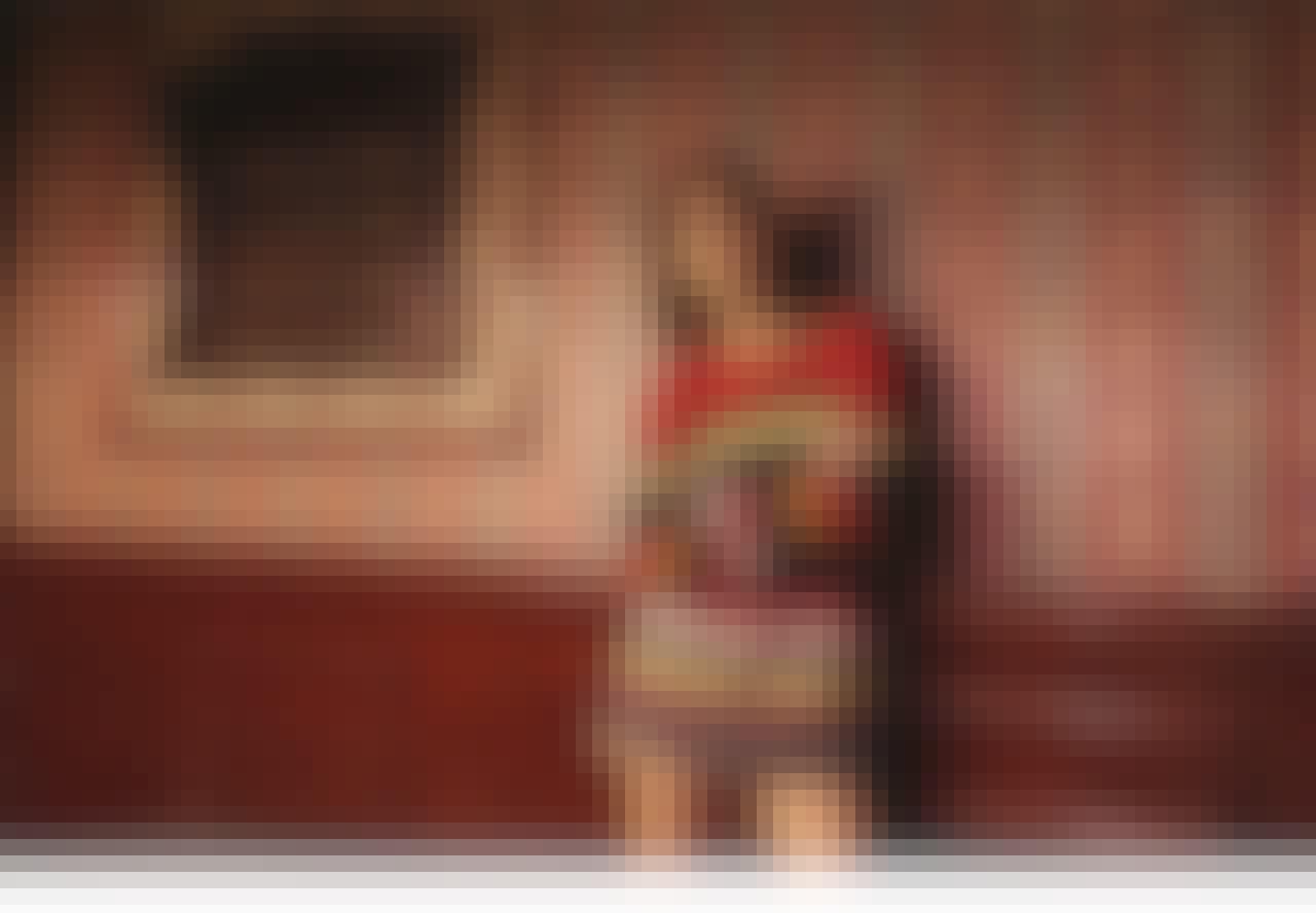 Alexa Chung x Mytheresa: Ny kollektion og musikvideo