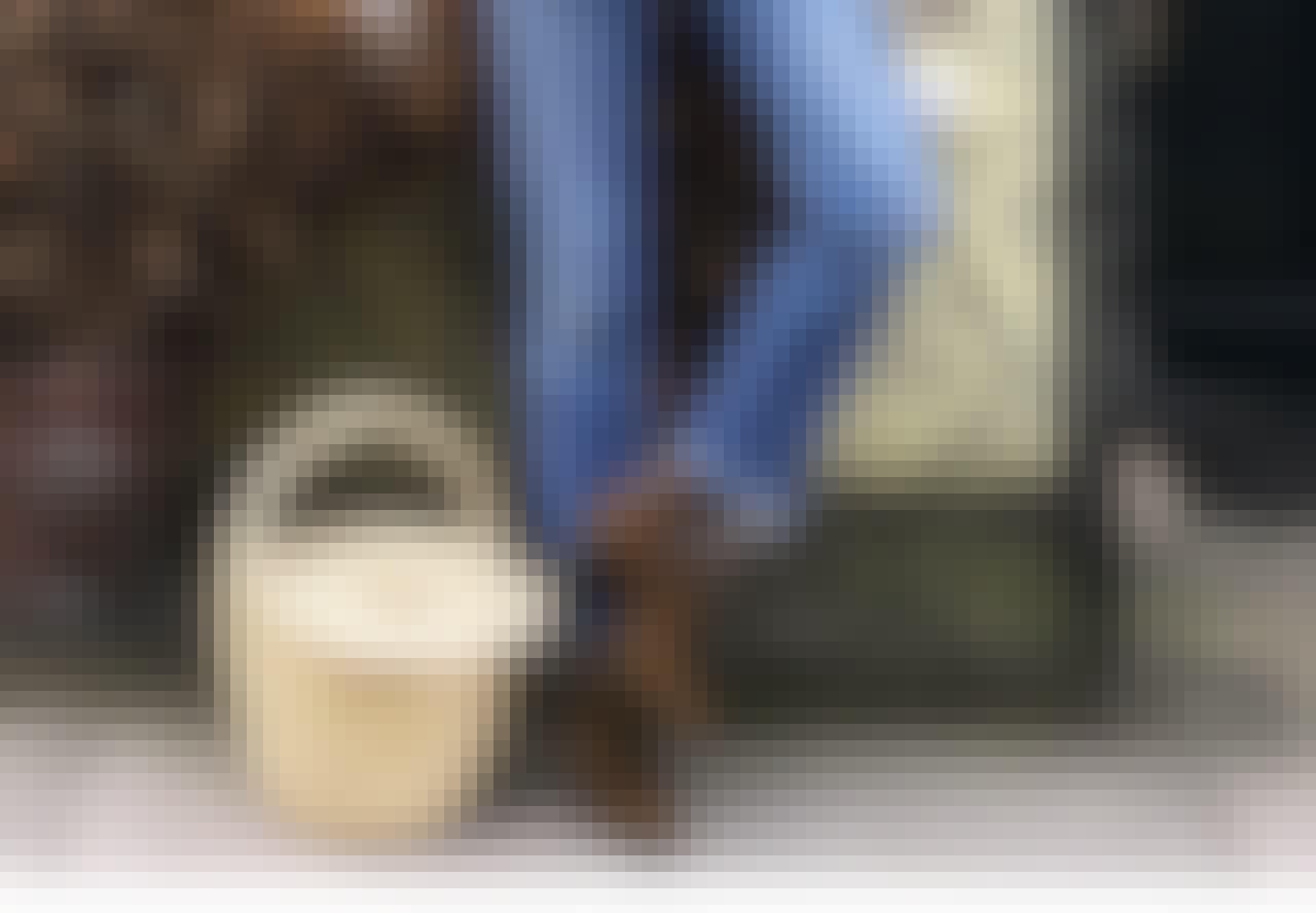 Dunjakker, afklippede jenas og ankelstøvler: Outfittet alle kommer til at bære denne vinter