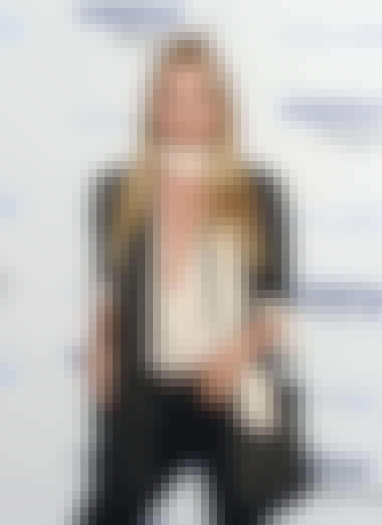 Elsa Hosk hair