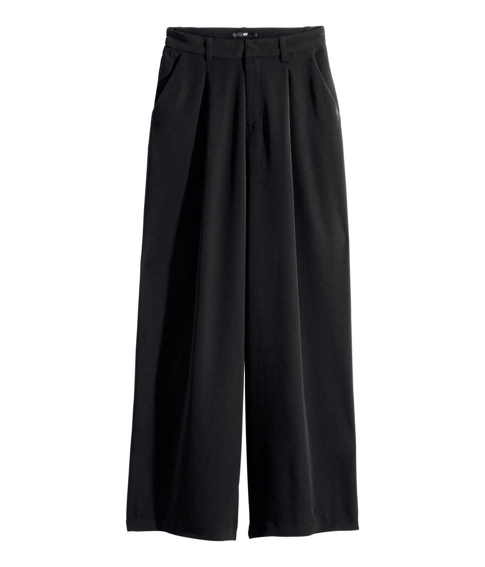 Stylingtips: Slik bruker du vide bukser | costume.no