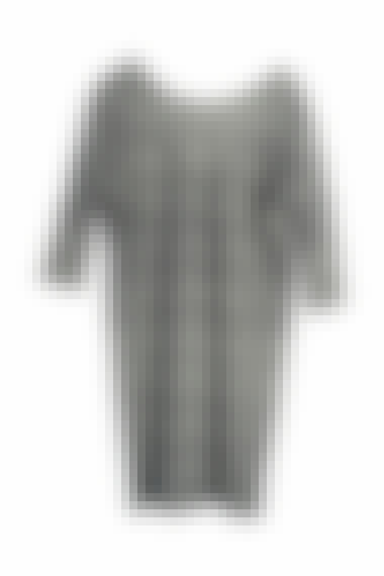 KJOLE MED ERMER: Kjole fra Monki, 200 kroner.