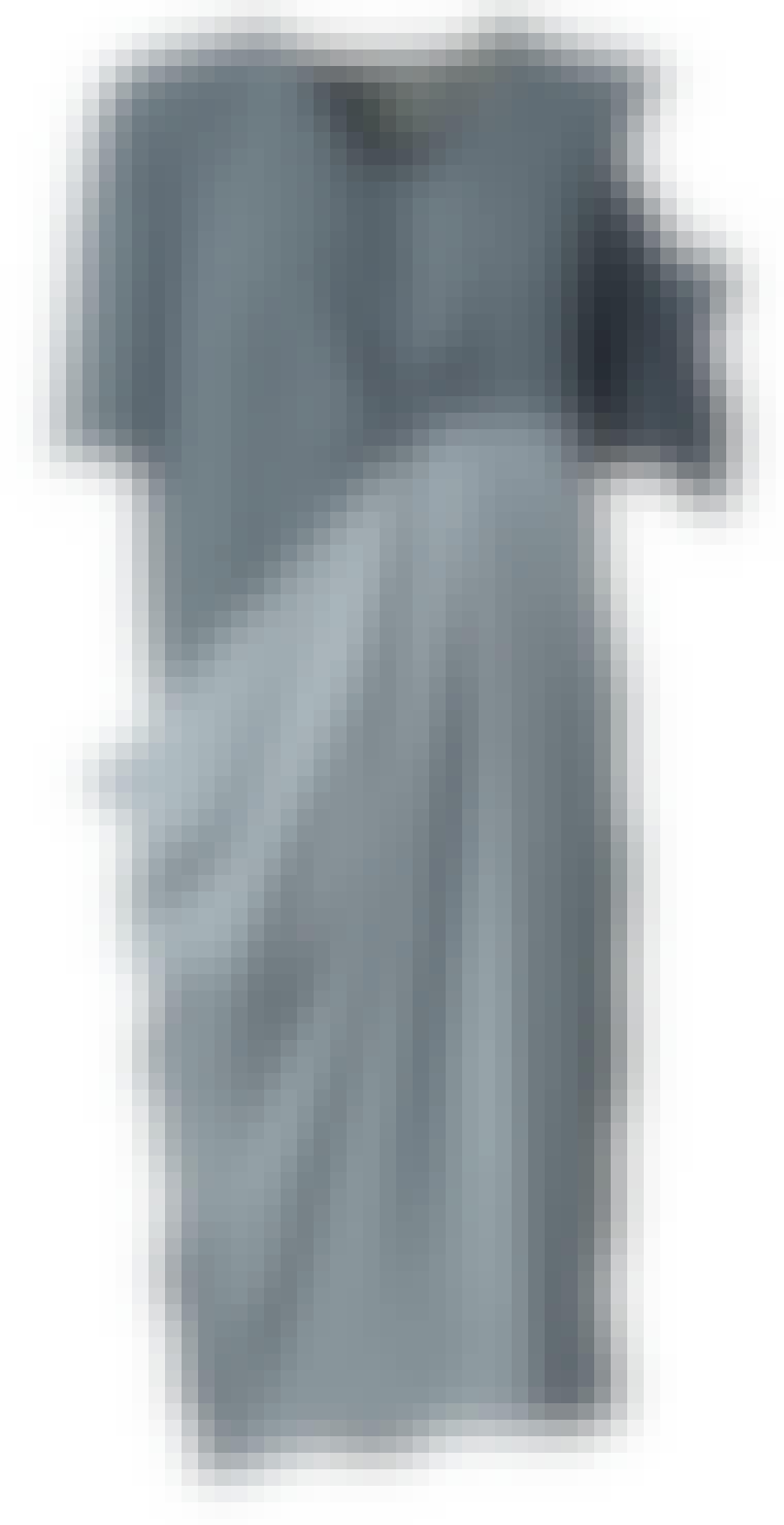 Kjole fra Acne, 2.200 kroner.