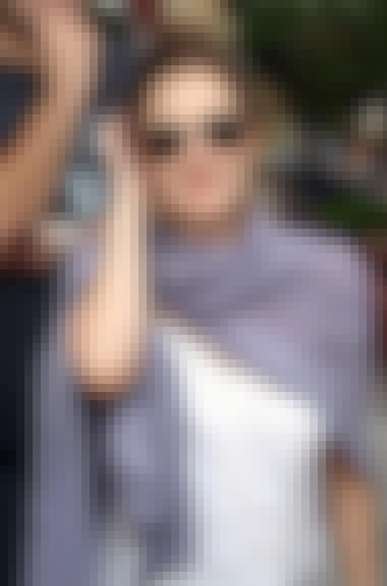 De kule solbrillene får ekstra fokus hvis man har håret bakover, som her på Drew Barrymore.