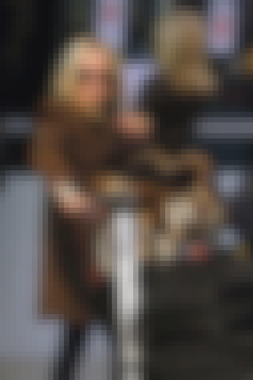 Aviator-brillene til Mary-Kate Olsen kom raskt på da hun landet på flyplassen i L.A.