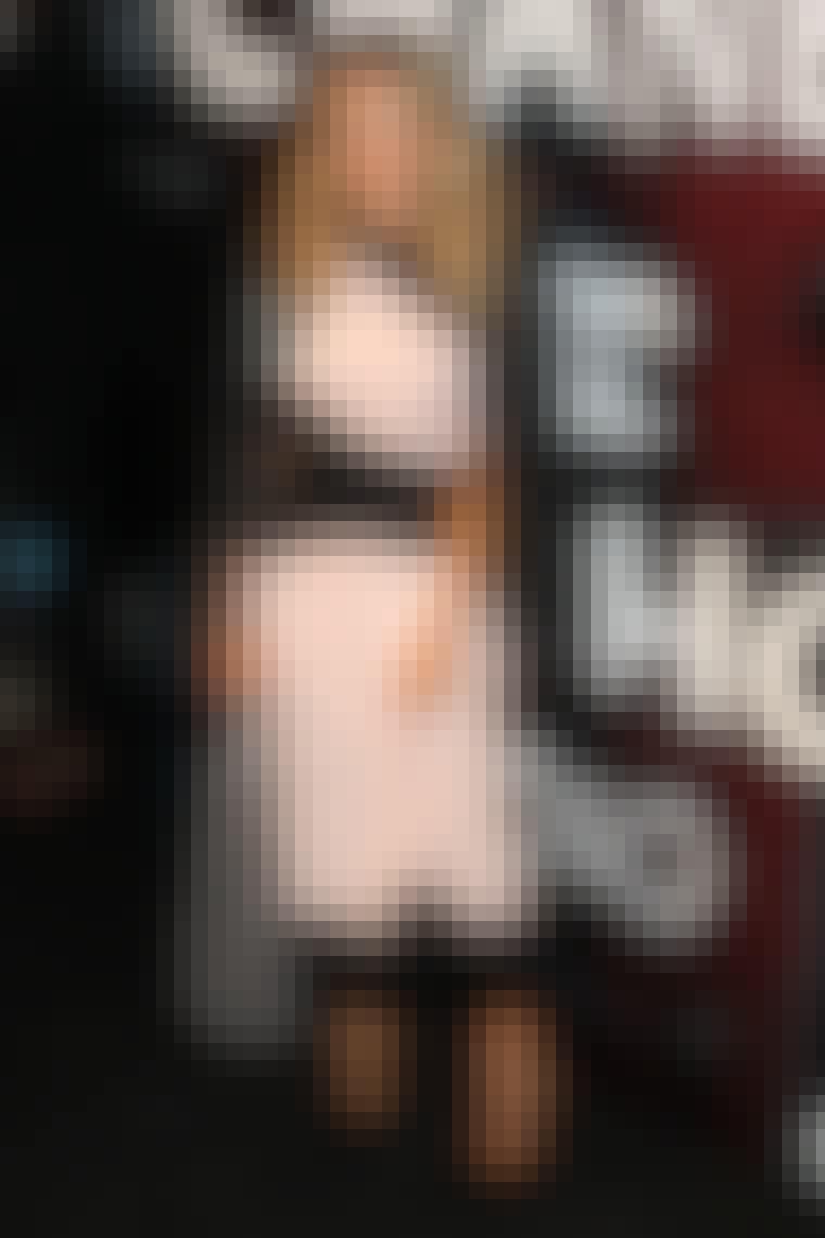 Da Chanel åbende butik i Soho i New York i september i år, var den helt store tendens blandt de velklædte gæster kjoler og nederdele, der skærer under knæet - blandt andre Sarah Jessica Parker (billedet), Daisy Lowe ...