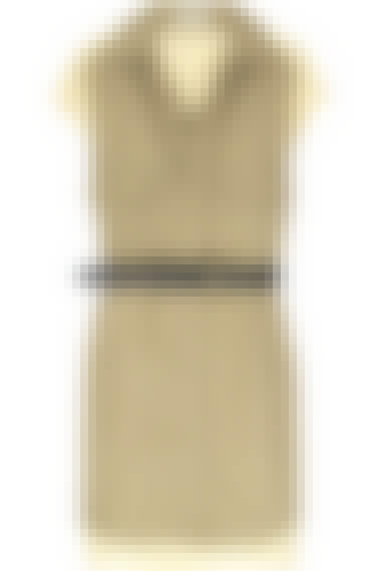 Kjole fra Chloé til ca. 5.380 kr. Før: ca. 10.700 kr. hos Net-a-porter.com.