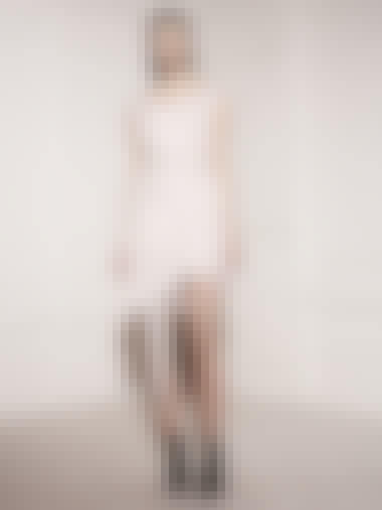 Kjole fra Acne til 1.695 kr. fra Acnestudios.com.