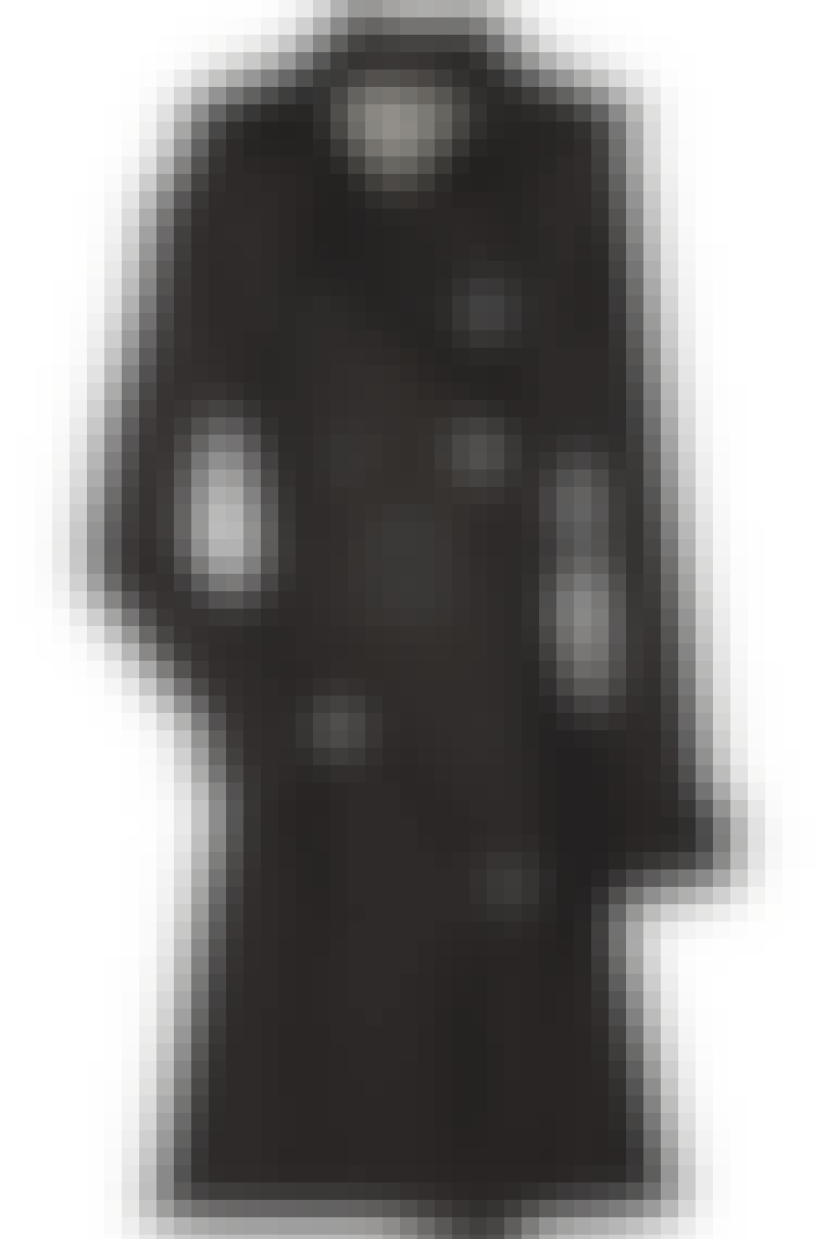 Trenchcoaten fra Burberry er en garderobe-musthave. Og et køb, som du ikke vil fortryde hverken nu eller i mange mange år frem. Trenchcoat fra Burberry til 8.500 kroner.