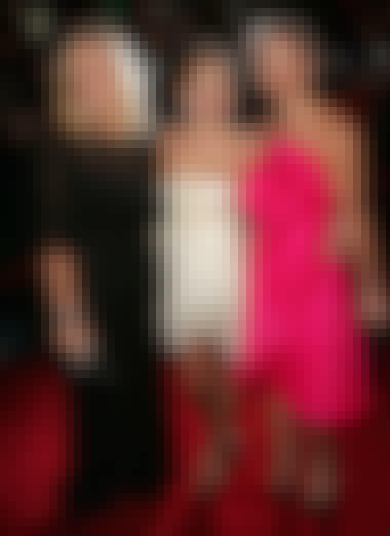 MARCHESA: Georgina Chapman og Keren Craig er kvinderne bag de seneste års største designsucces på Hollywoods røde løbere. Her står de med én af deres fans: skuespillerinden Sienna Miller. I 2006 blev Marchesa en af den amerikanske filmbranches foretruk...
