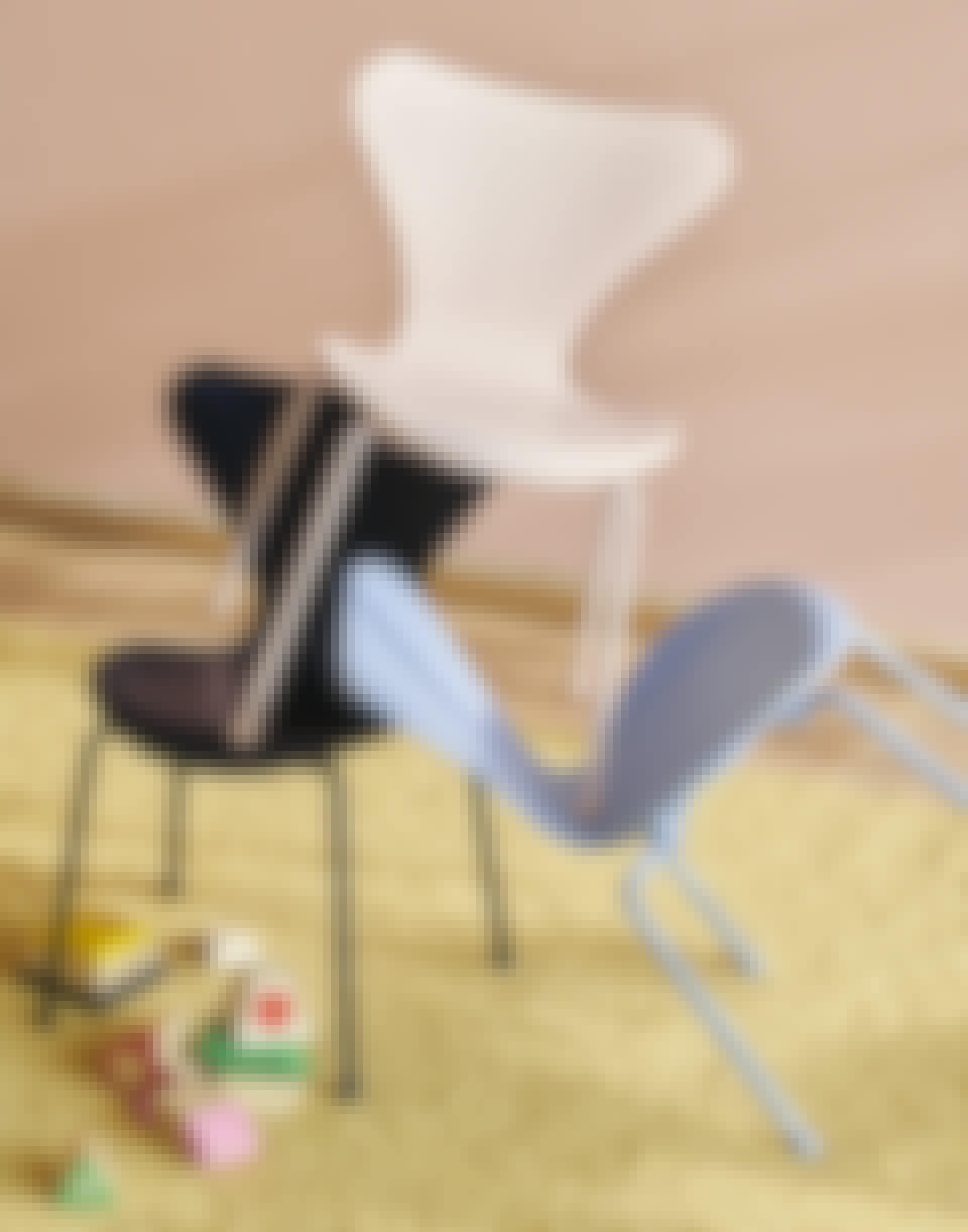 COS_2011_FH_Series-7_Childrens-Chair_Black_Rose_Lavender-Blue
