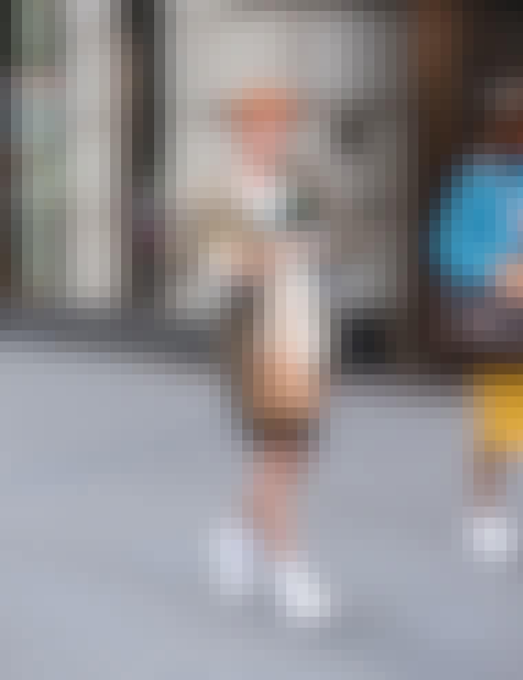 Photos-Sarah-Jessica-Parker-Carrie-Cynthia-Nixon-Kim-Cattrall-Kristin-Davis-80s-Gear-Sex-City-2-Set