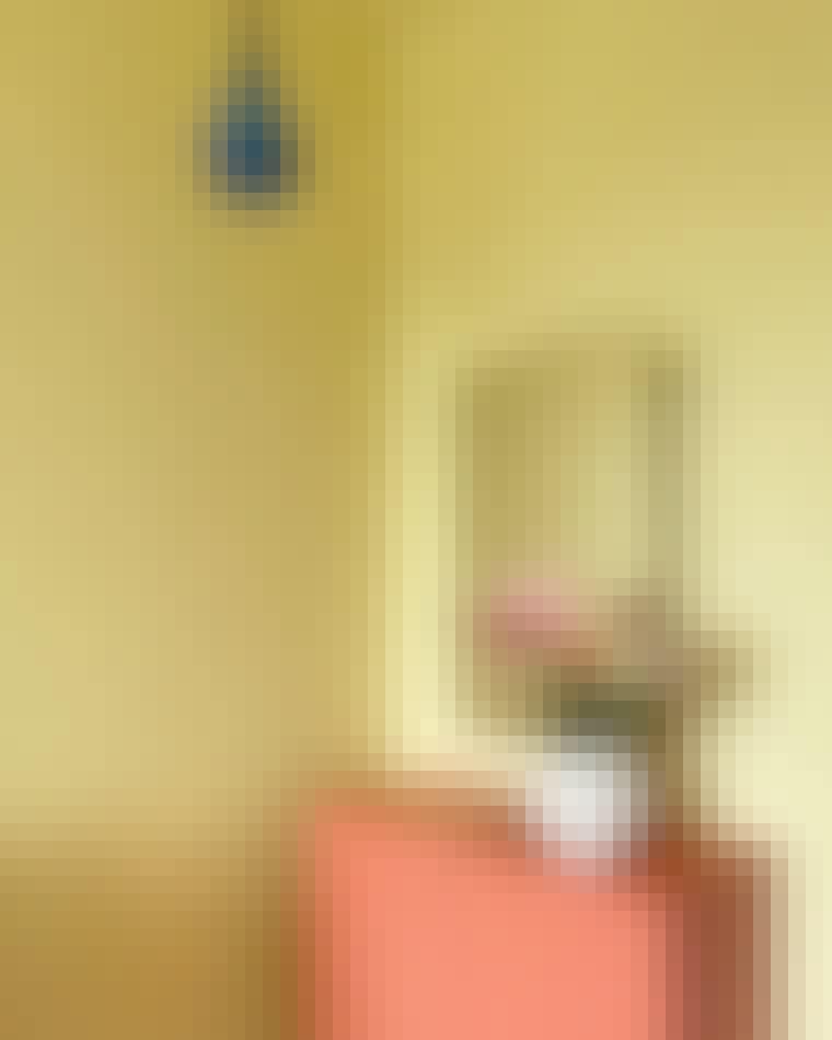 Soveværelse-lille-buttet-vase-loppefund