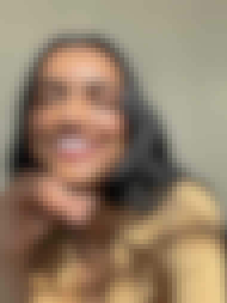 GL-Ultralip-2021-Selfie-Portrait-Monica-2538_v1