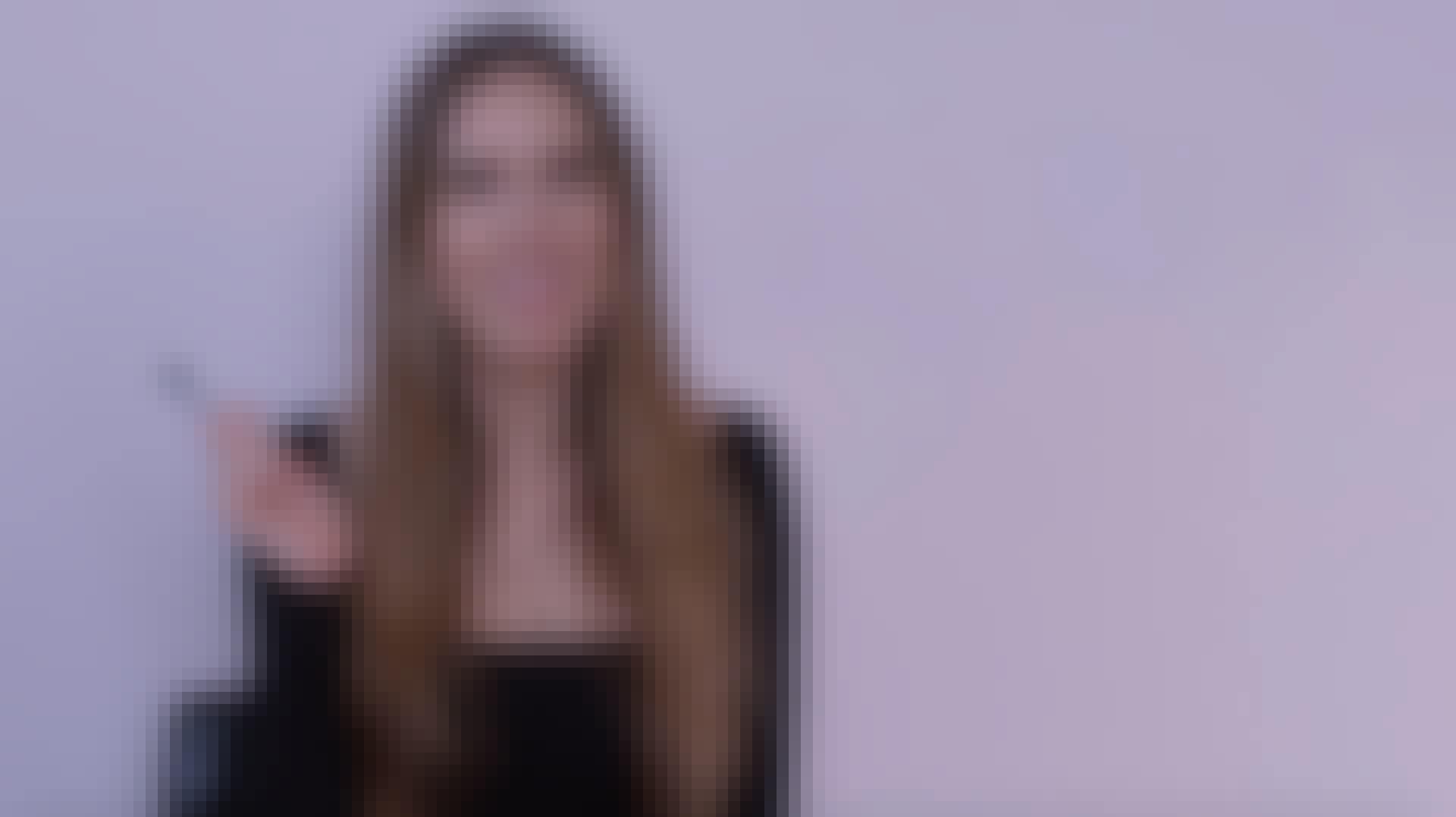 Video: Lær at lægge øjenmakeup på 15 sekunder med ske-tricket