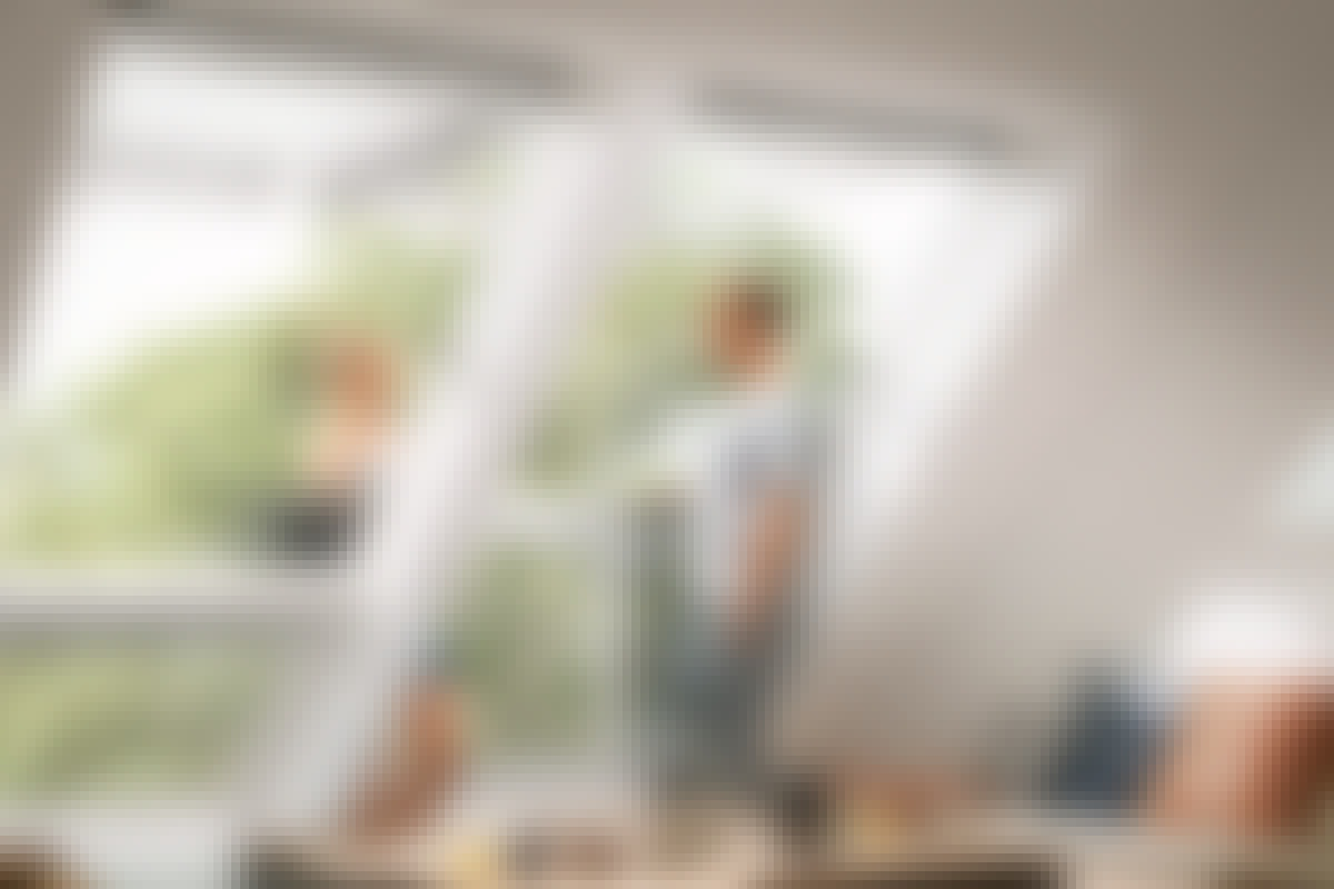 Setter du takvinduer i et rom med skråtak, kan de være utgangen til en terrasse – eller være en minialtan i seg selv.