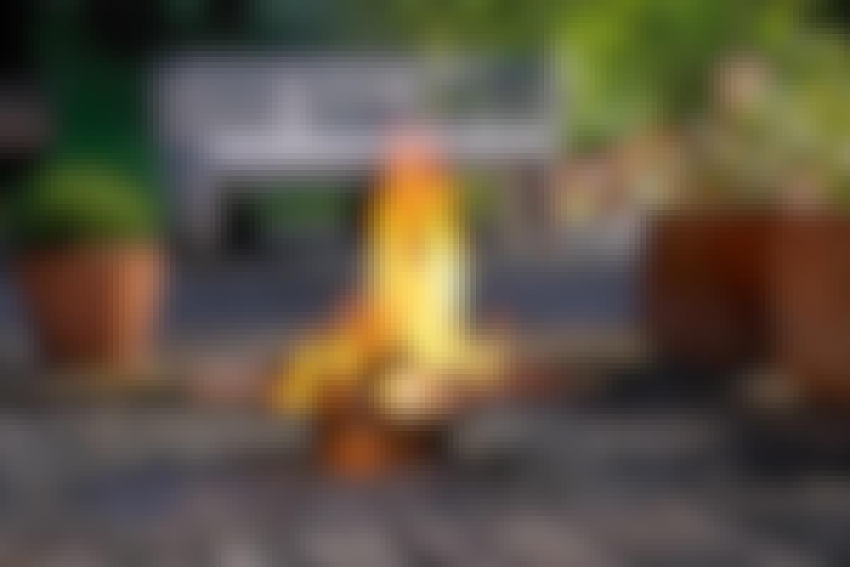 **6. ET BÅLSTED** eller en grill blir midtpunktet på sene kvelder gjennom hele sommeren.