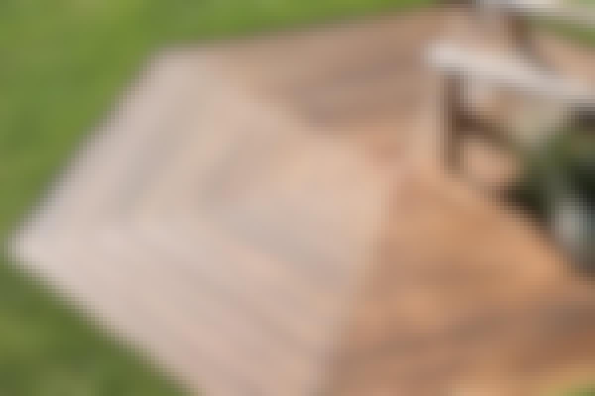 **10. MØNSTRE OG FELTER** giver variation i fladen – og kan også bruges aktivt til at lede blikket og skridtene i en bestemt retning.