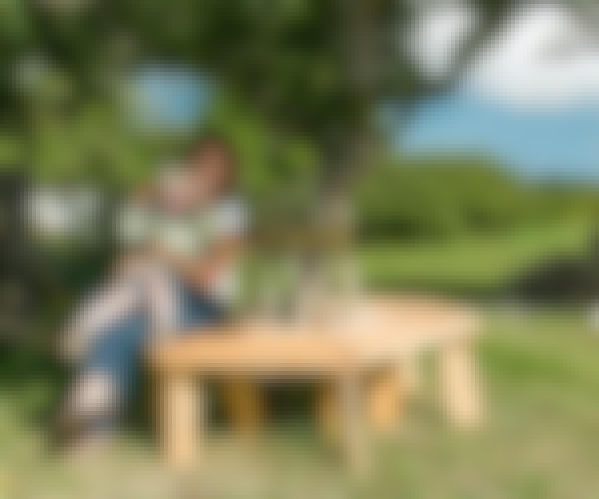 Byg en have-bænk rundt om træet