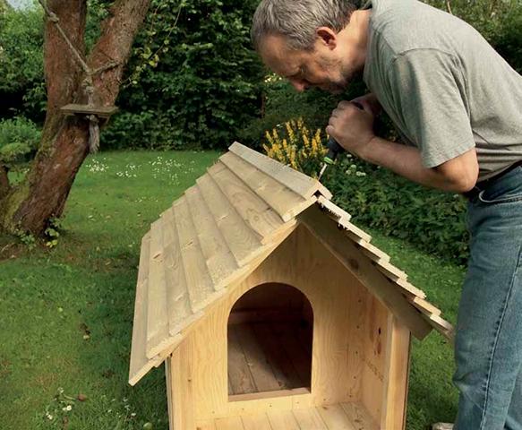 Forkæl hunden med et isoleret hundehus | Gør Det Selv
