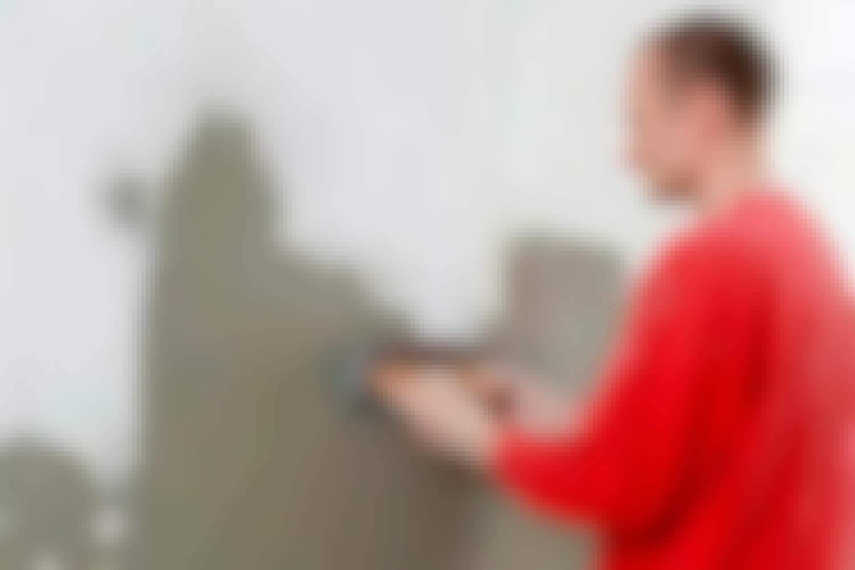 Hvordan pudser man en væg