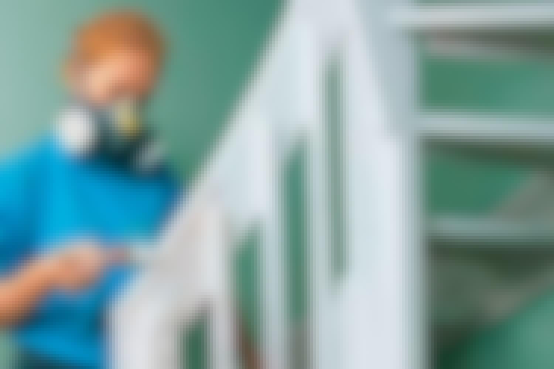 Portaiden maalaaminen