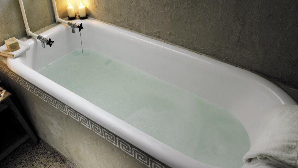 Fremragende Få skinnende ny emalje på badekarret - uden opløsningsmidler | Gør QX55