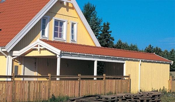 carport mot husvägg