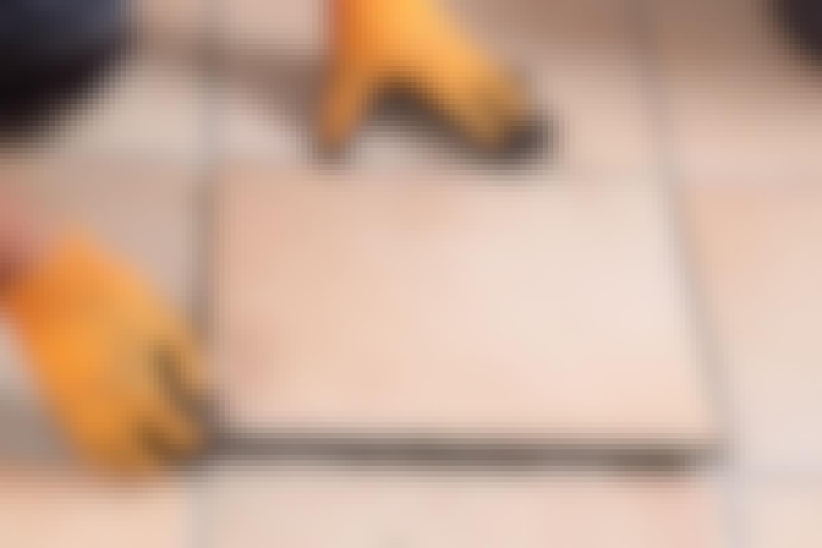 Gulvflis - skift den ødelagte gulvflisen