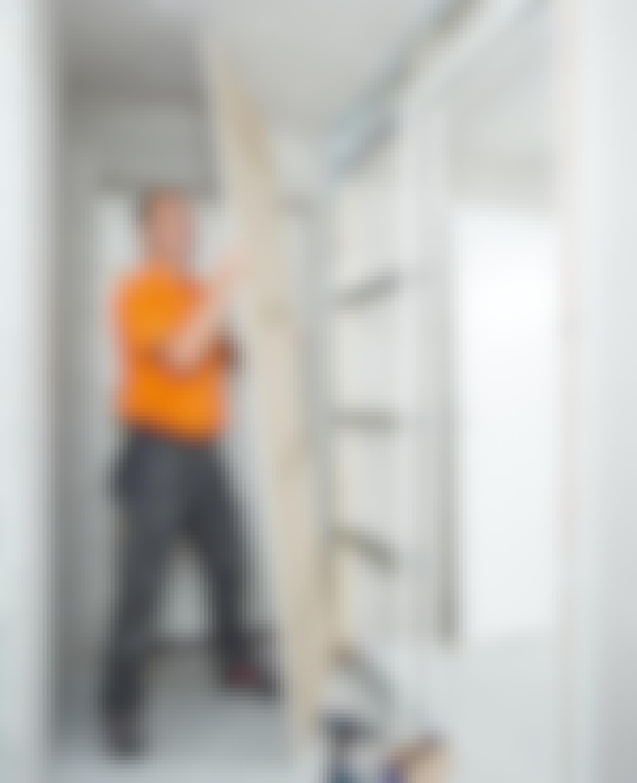 Selv om du har høyere takhøyde enn 240 cm, kan du finne gipsplater som rekker helt opp.