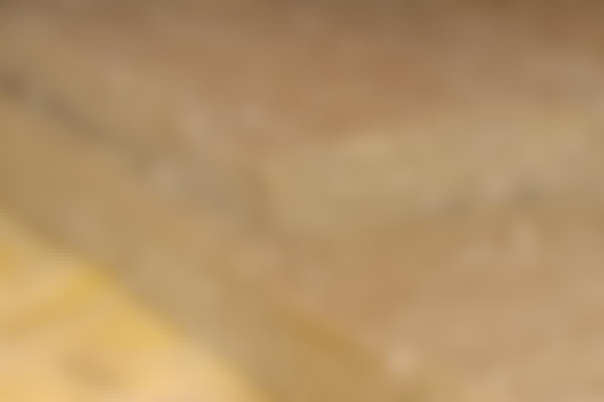 Skjøtene i de to lagene skal overlappe, slik at det ikke blir sprekker tvers gjennom