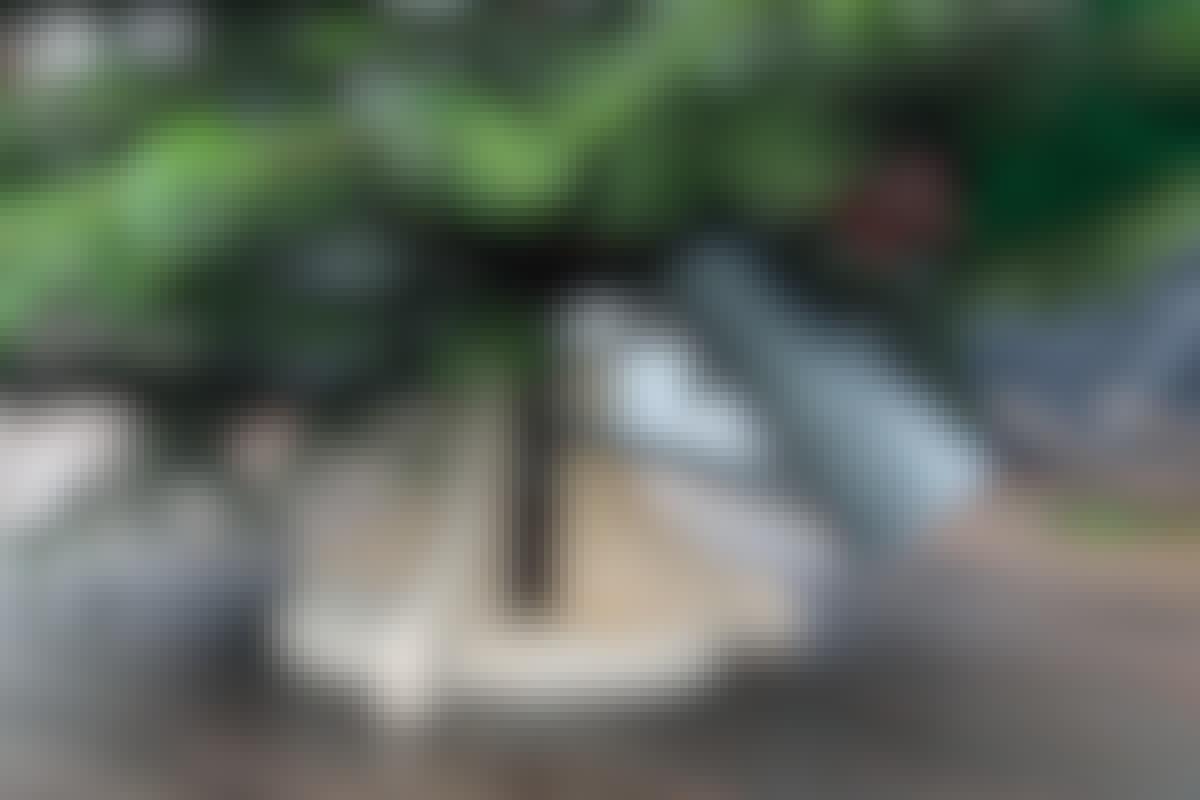 VIDEO: Hjemmelavet juletræsfod med vand